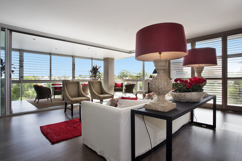 FULLY FURNISHED APARTMENT: SPECTACULAR SPACE, STYLE AND CITY PANORAMAS