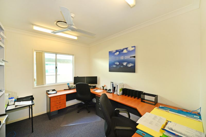 Corner Position Professional Office / Medical Suite