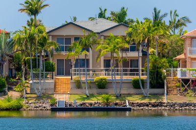 EXCLUSIVE FAMILY WATERFRONT ON PICTURESQUE WIDE WATER