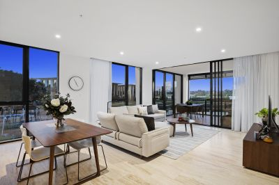 Luxury Awaits  Rare & Spacious Corner 3 Bedroom Apartment with Northerly Aspect
