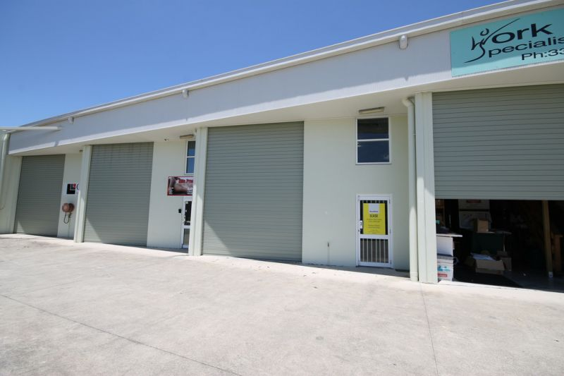 100sqm* Clean & Tidy Industrial Warehouse