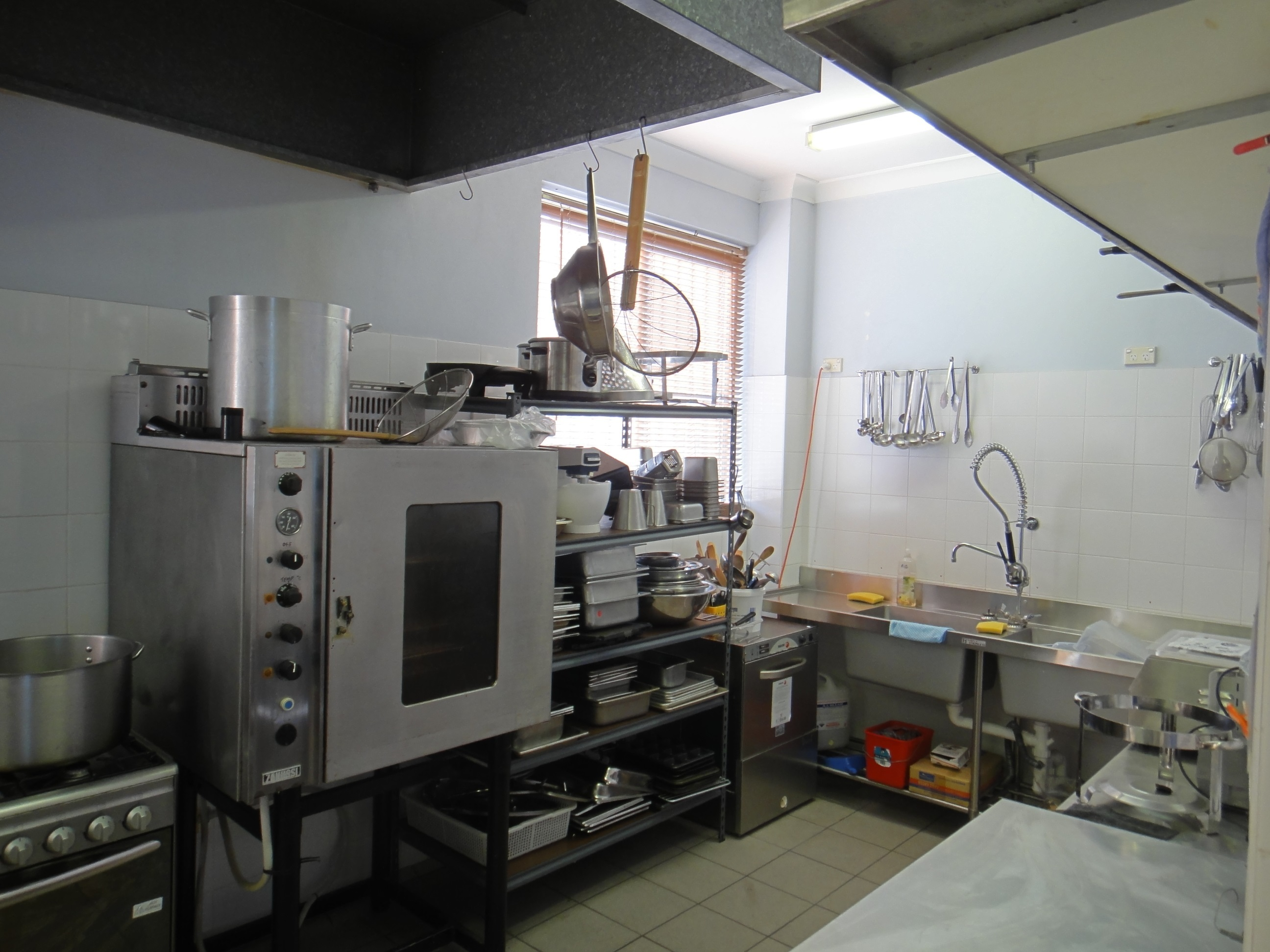 """Plug and Play"" Fully Approved Industrial Kitchen"