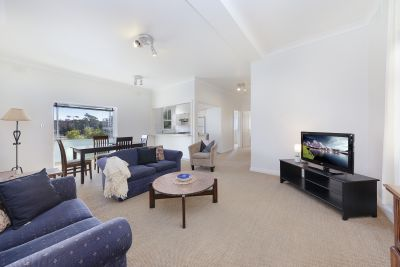 Furnished Two Bedroom Apartment in the Heart of Coogee Beach