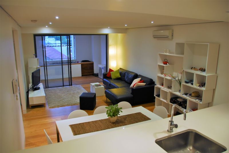 LARGE MODERN 1 BEDROOM APARTMENT WITH STUDY