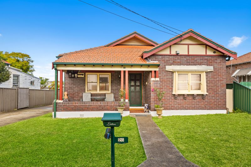 Occupying a 640sqm (approx) block with excellent potential