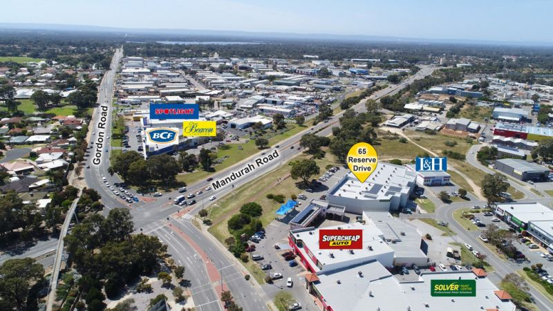 FULLY LEASED INVESTMENT FRONTING MAIN ROAD