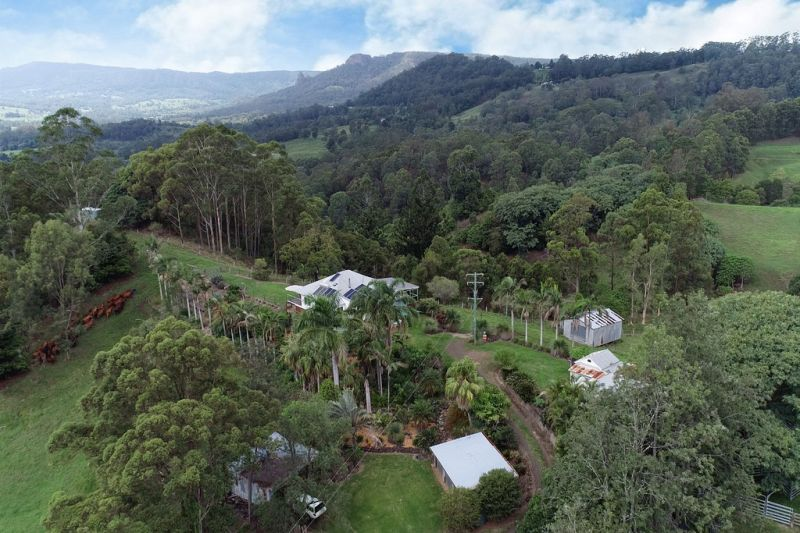 IDEAL FOR THE CATTLE ENTHUSIAST OR JUST A BEAUTIFUL PLACE TO LIVE!