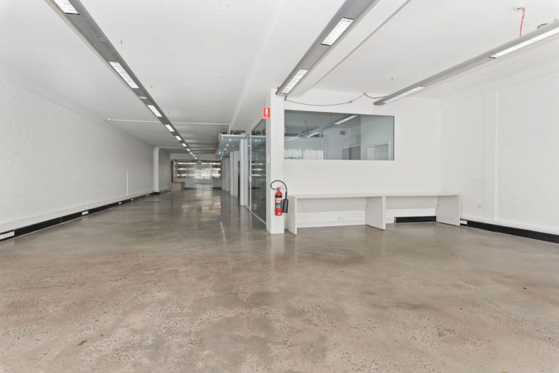 Whole-floor or half-floor creative Office close to Central Station & Light rail