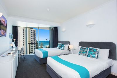 For Rent By Owner:: Surfers Paradise, QLD 4217