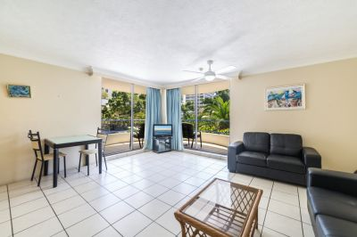 Furnished or Unfurnished! Large Central Surfers Apartment