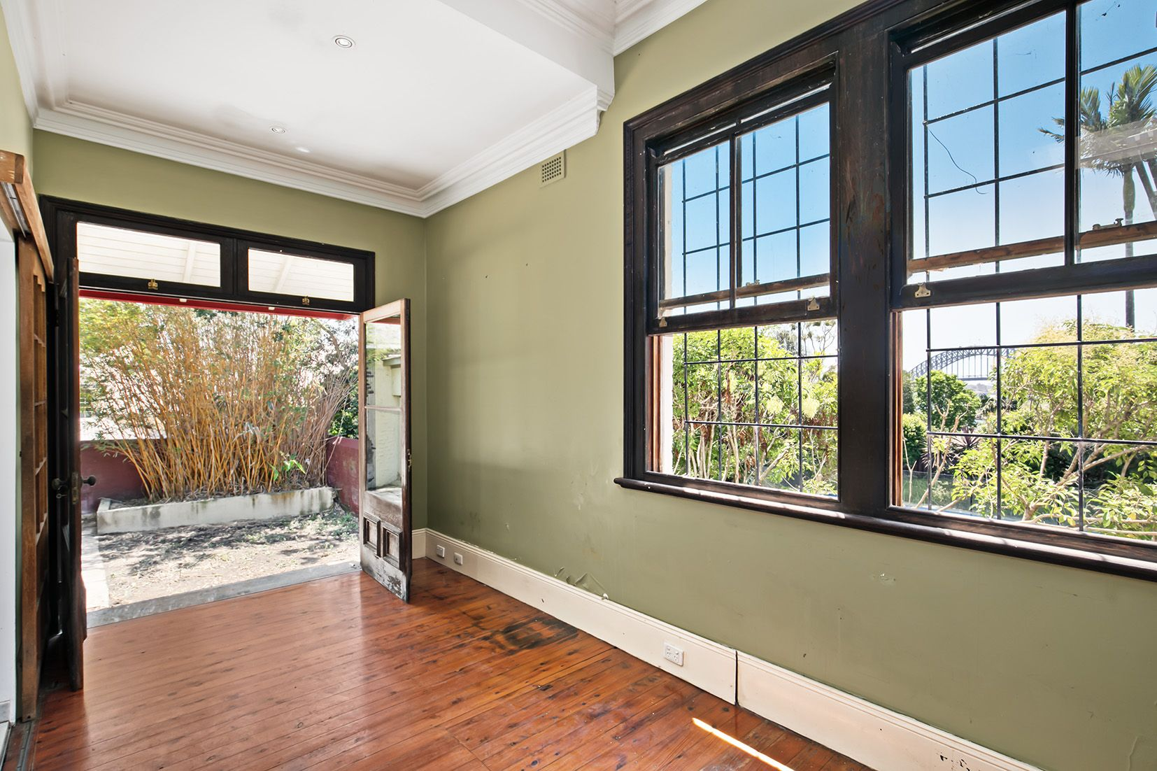 9 Paul Street, Balmain East