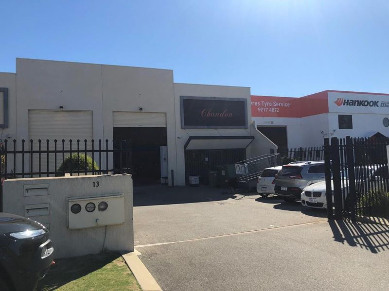 Affordable office warehouse in the heart of Belmont