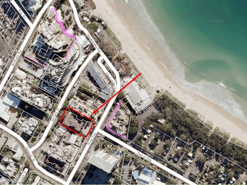 Mooloolaba Sell Out! Original unit walk across to surf!