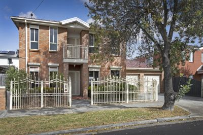 Picturesque family home that you will not want to miss!