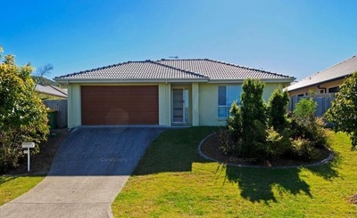 Large Family Home- Upper Coomera