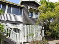 Fully Fenced Pet Friendly Family Home with Direct City Views!