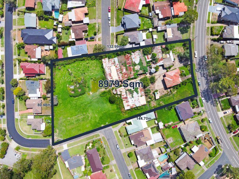 25 The Crescent, Toongabbie NSW 2146