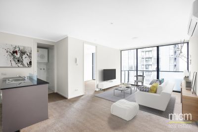 Modern and Spacious One Bedroom Apartment in the Heart of Southbank! L/B