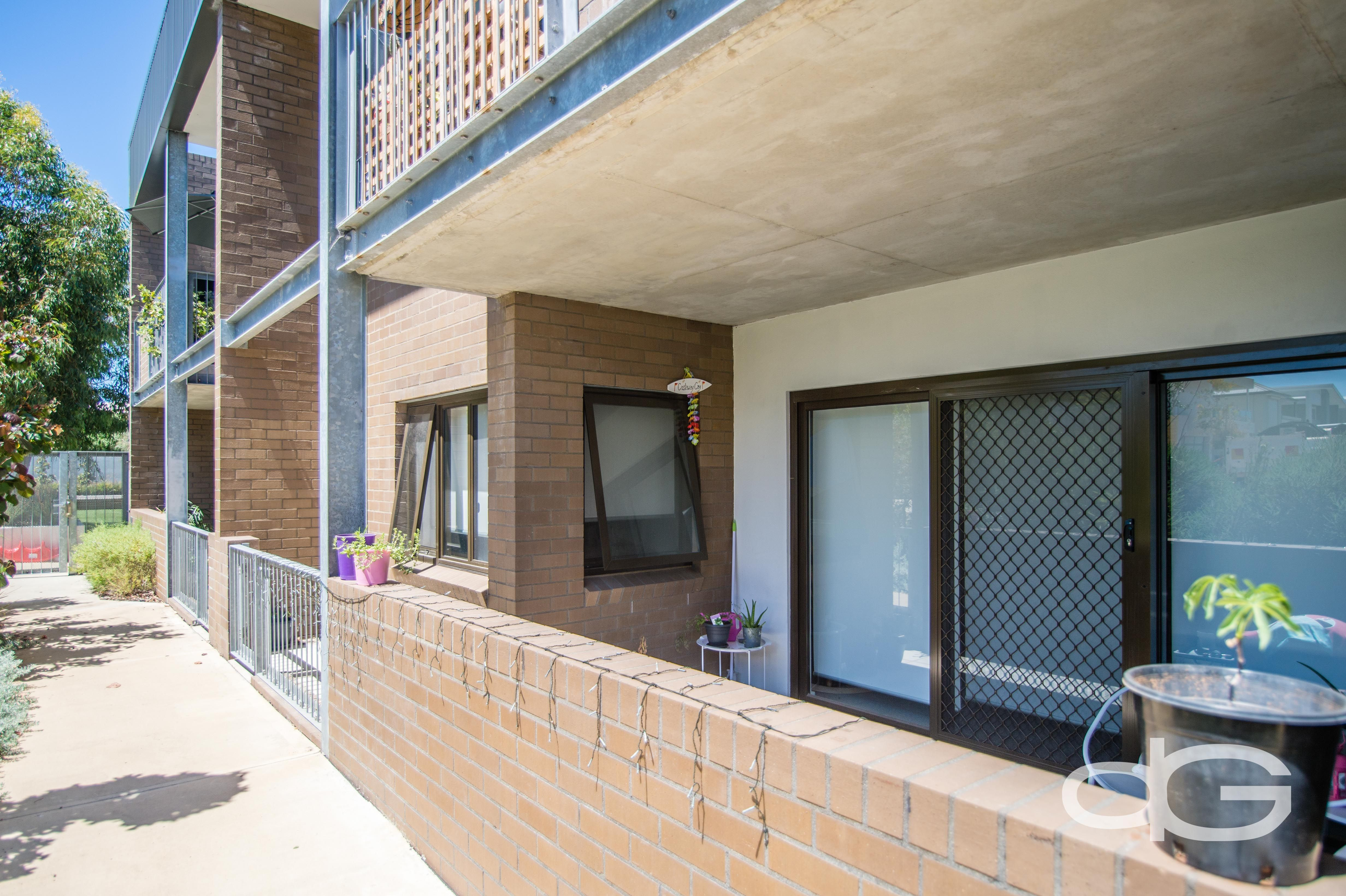 24/59 Breaksea Drive, North Coogee