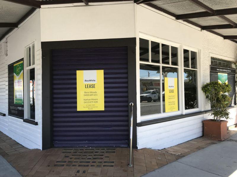 High profile retail on busiest corner in Wynnum