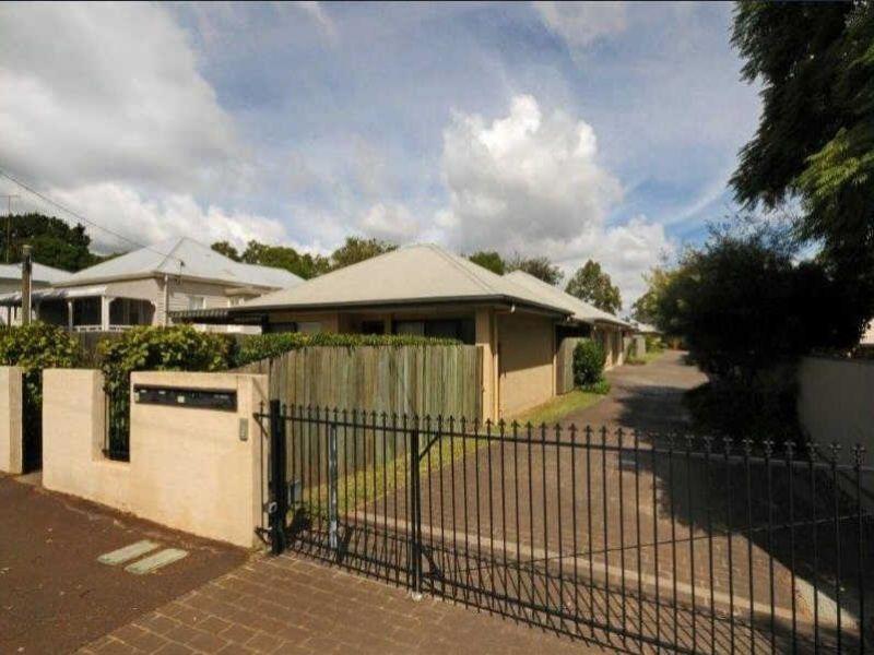 East Toowoomba Unit Living