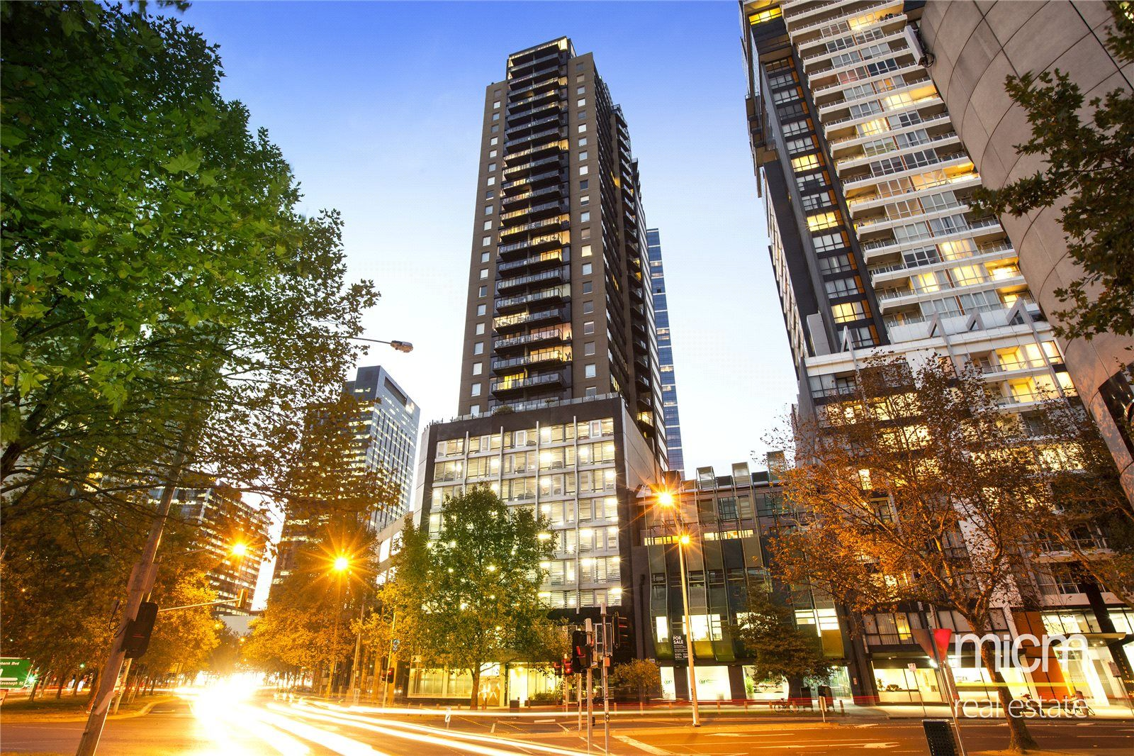 Southpoint: 15th Floor - Fantastic Three Bedroom Apartment!