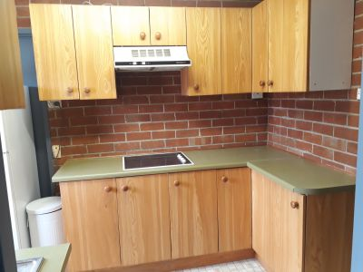 FULLY FURNISHED 2 BEDROOM GRANNY FLAT