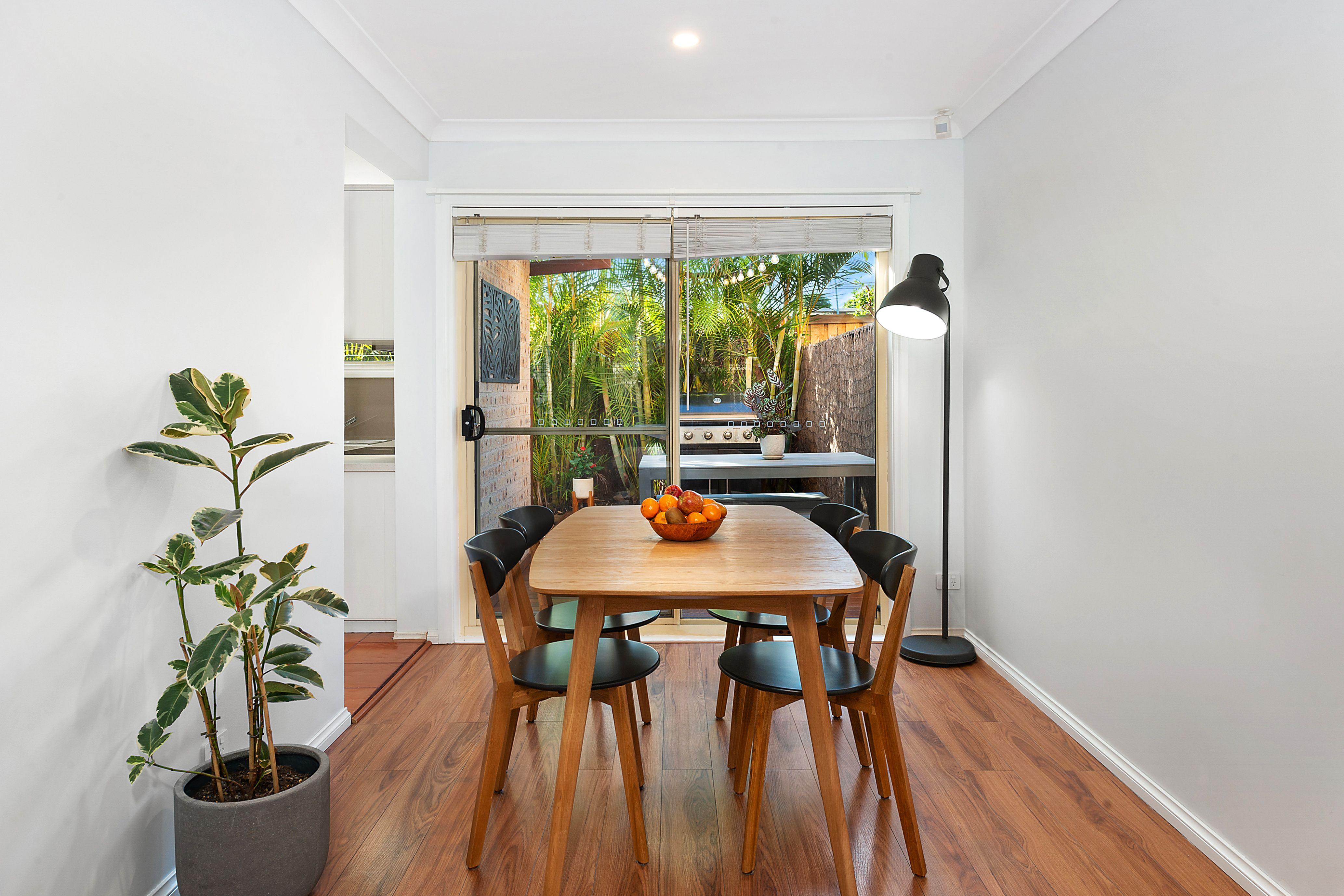2/65 Regent Street, Regents Park NSW 2143