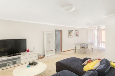 LARGE TWO BEDROOM APARTMENT IN FRESHWATER BASIN