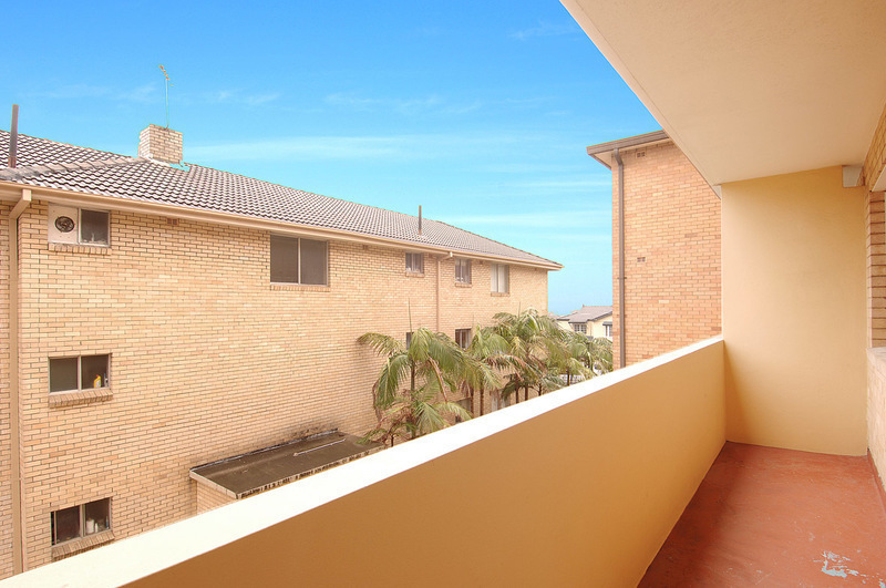 SPACIOUS TWO BEDROOM UNIT WITH TWO BALCONIES