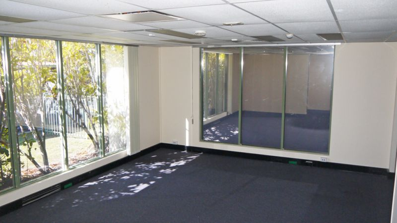 RECENTLY REFURBISHED 633m² OFFICES ON GYMPIE ROAD