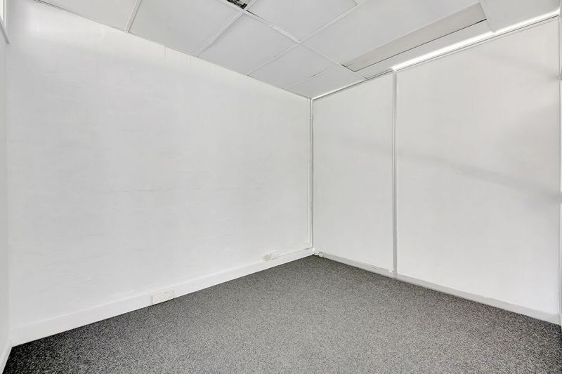76m2, Fully Functional Office Space