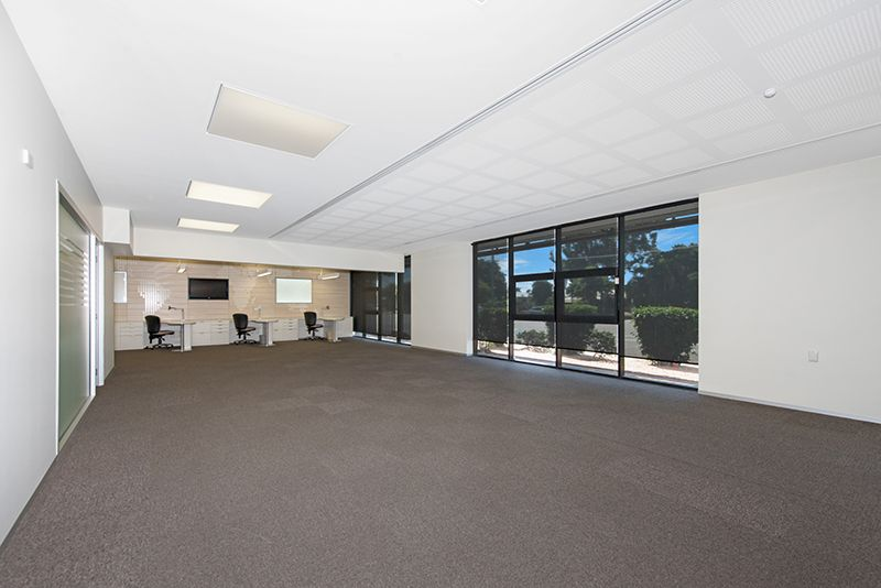 Landmark Commercial Property Available to Owner Occupy and or Investment Opportunity