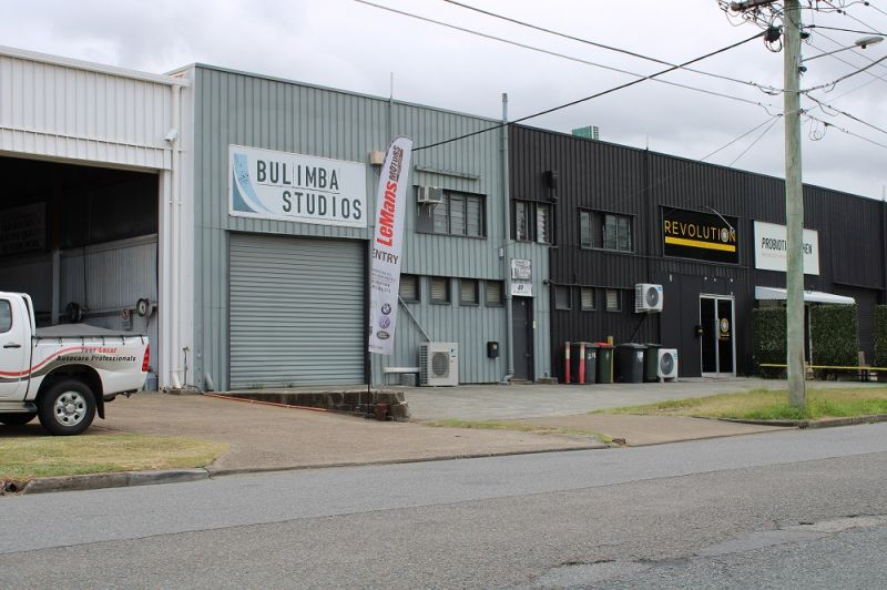 180SQM* INDUSTRIAL WAREHOUSE / OFFICE IN BULIMBA