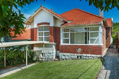 A bayside beauty with loads of potential