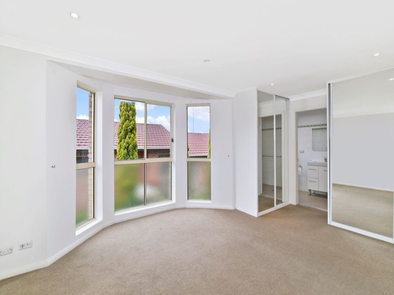 4/11 Walton Crescent, Abbotsford NSW
