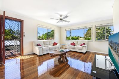 Calling all buyers  Tastefully renovated home in the heart of Runaway Bay.