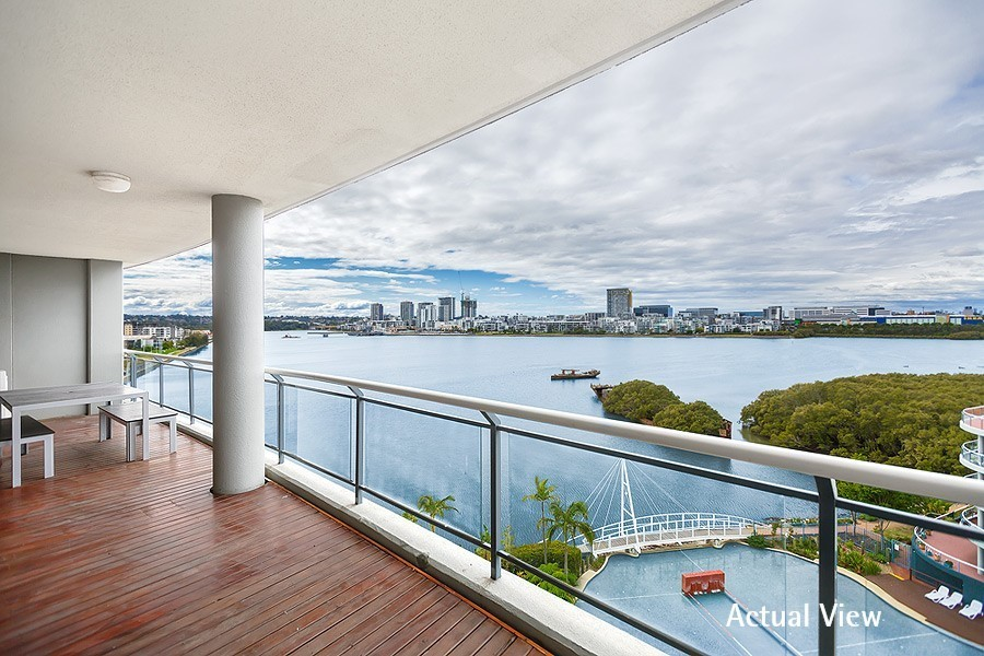 22/27 Bennelong Parkway, Wentworth Point