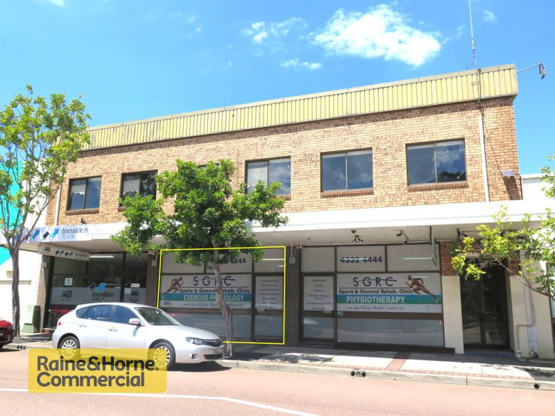 Centrally located retail premises!