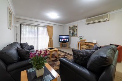 Spacious Mounts Bay Village -One Bedroom Apartment