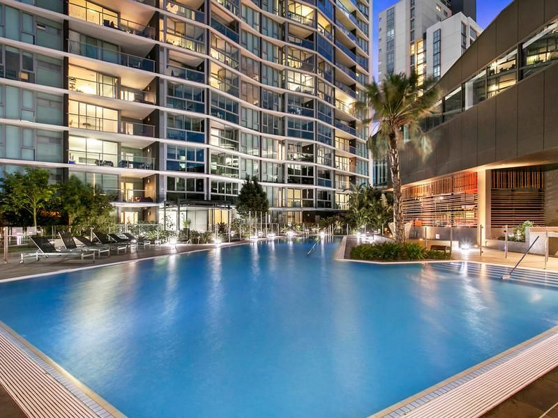 For Sale By Owner: 11005/8 Harbour Road, Hamilton, QLD 4007
