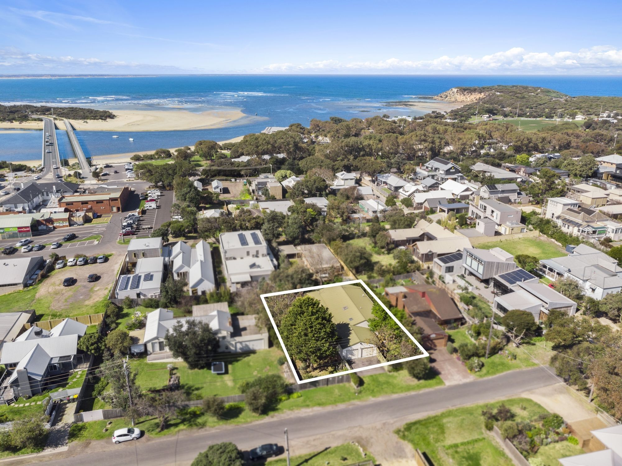 32-34 Hitchcock Avenue, Barwon Heads VIC 3227