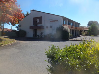 Armidale Motel Passive Investment $2.95