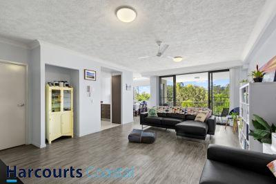 Modern Spacious Air-conditioned Apartment