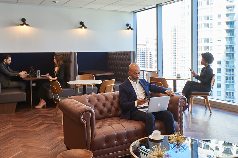 Open-plan 8-person workspace in the Award-Winning Brookfield Place building