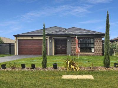 FIVE BEDROOM FAMILY HOME