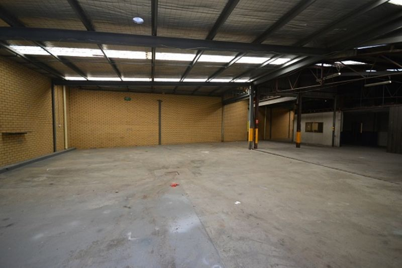 1,088sqm facility with outstanding frontage to Abernethy Rd
