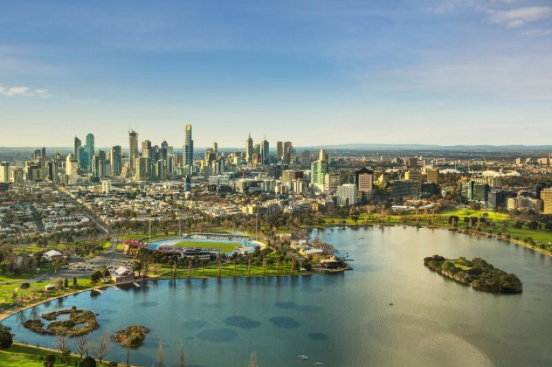 MASSIVE RETURN ON INVESTMENT AT ST KILDA RD TOWERS.