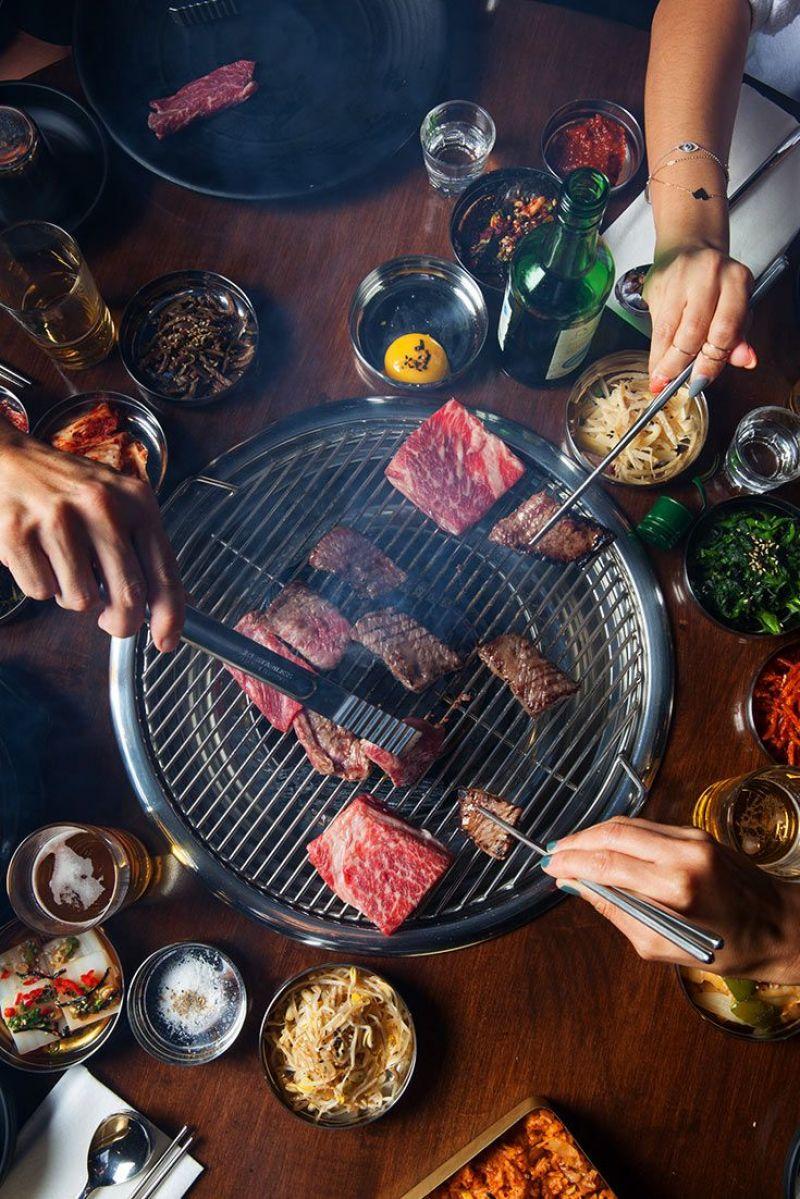 Busy BBQ restaurant/Bar @ busy dining strip in Glen Waverley