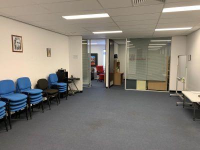i84 - 21 Hall St, Port Melbourne